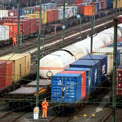 Thursday's strike would have brought freight trains to a halt.