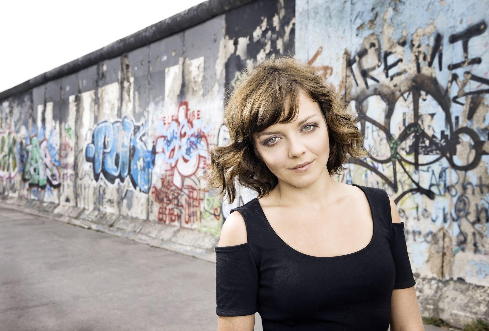 EINMALIGE VERWENDUNG Frau Annett Louisan, Musikerin - Portraits f¿r den KINDER SPIEGE
