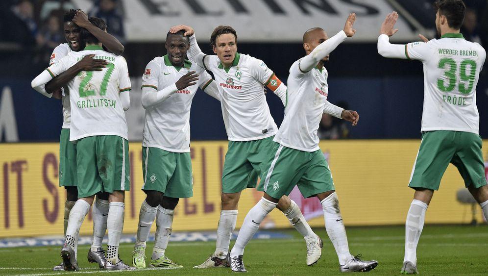 Überraschungssieg auf Schalke: Bremen feiert seinen Fritz