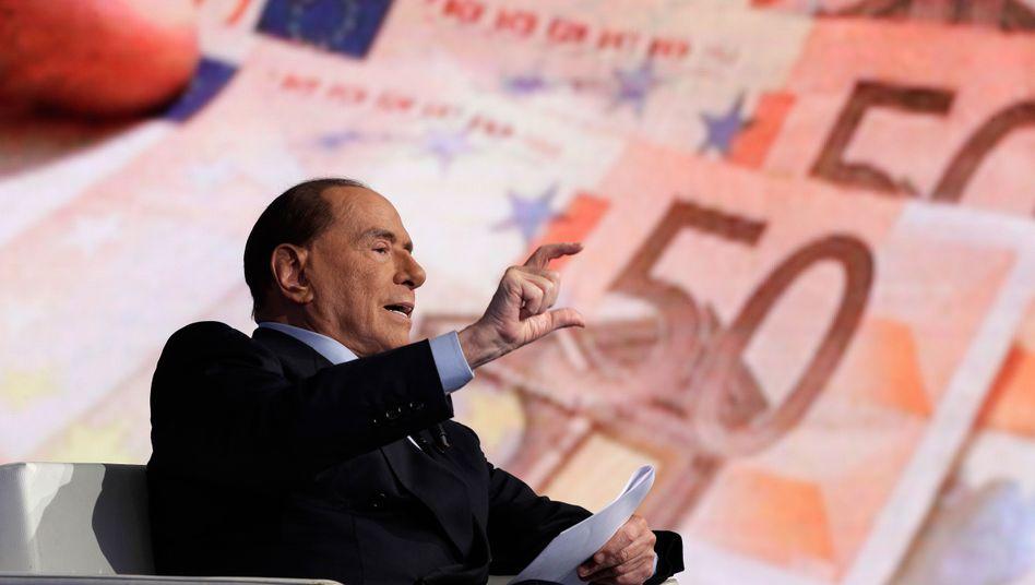 Ex-Premier Berlusconi bei einem Wahlkampfauftritt