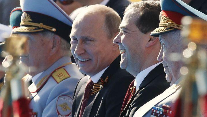 Militärparade in Moskau: Putin demonstriert seine Macht
