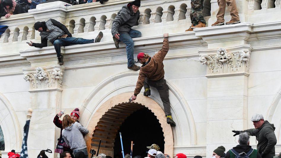 Trump-Anhänger bei Angriff auf das Kapitol: »Sturz des Leuchtturms der Demokratie«