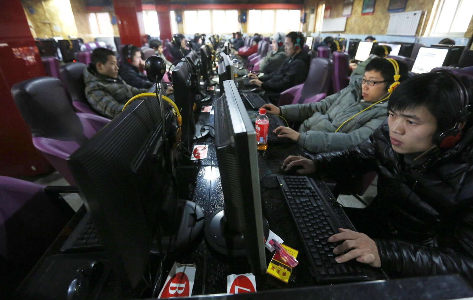 China adopts real-name rule for internet users