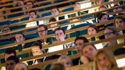 Bund vergibt zinslose Kredite an Studierende in Not