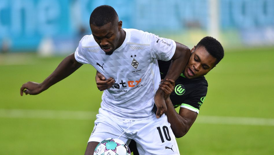 Bundesliga: Borussia Mönchengladbach spielt remis gegen VfL Wolfsburg - DER SPIEGEL