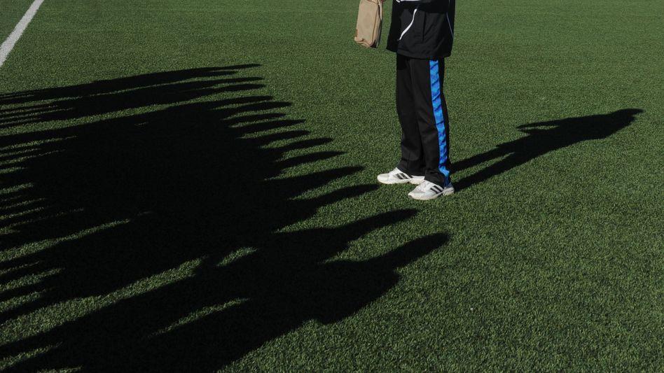 Schatten afghanischer Fußballnationalspielerinnen