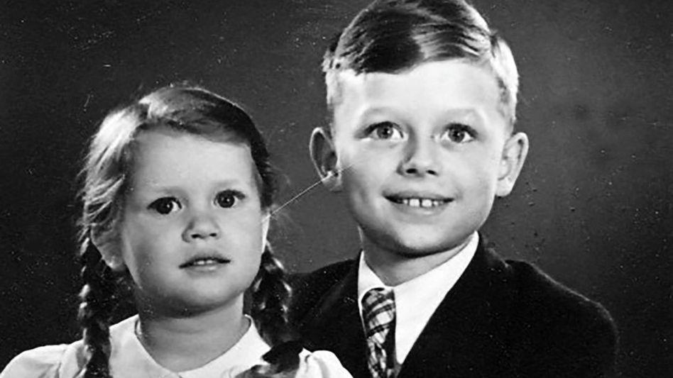 Berlin 1941: Berthild Tourrenc mit ihrem Bruder kurz vor der Evakuierung nach Schlesien