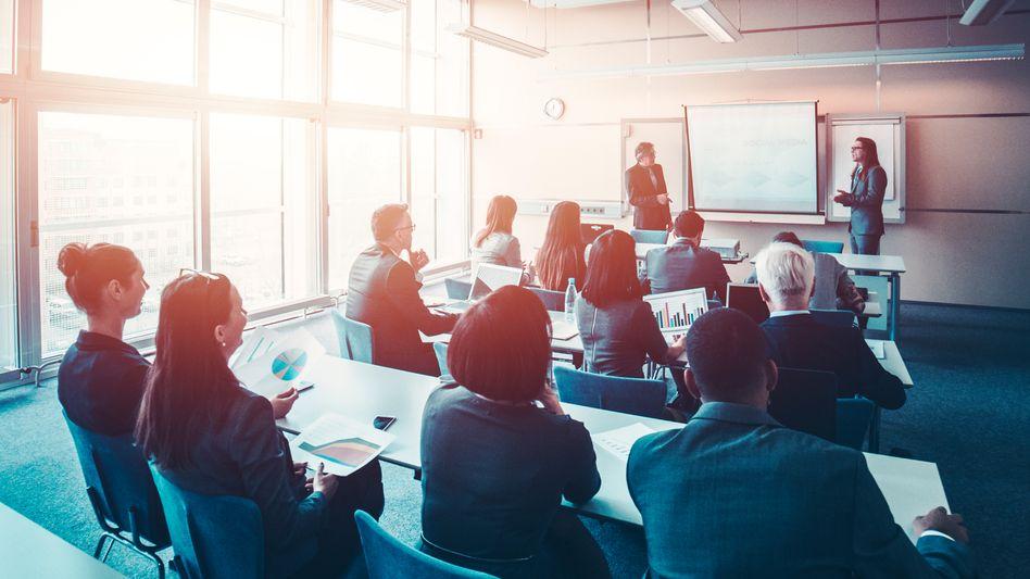 DieArbeitswelt wird komplexer,Fortbildung für Unternehmen immer entscheidender