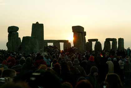 Sommersonnenwende in Stonehenge: Mehr als 20.000 Besucher kamen nach Südengland