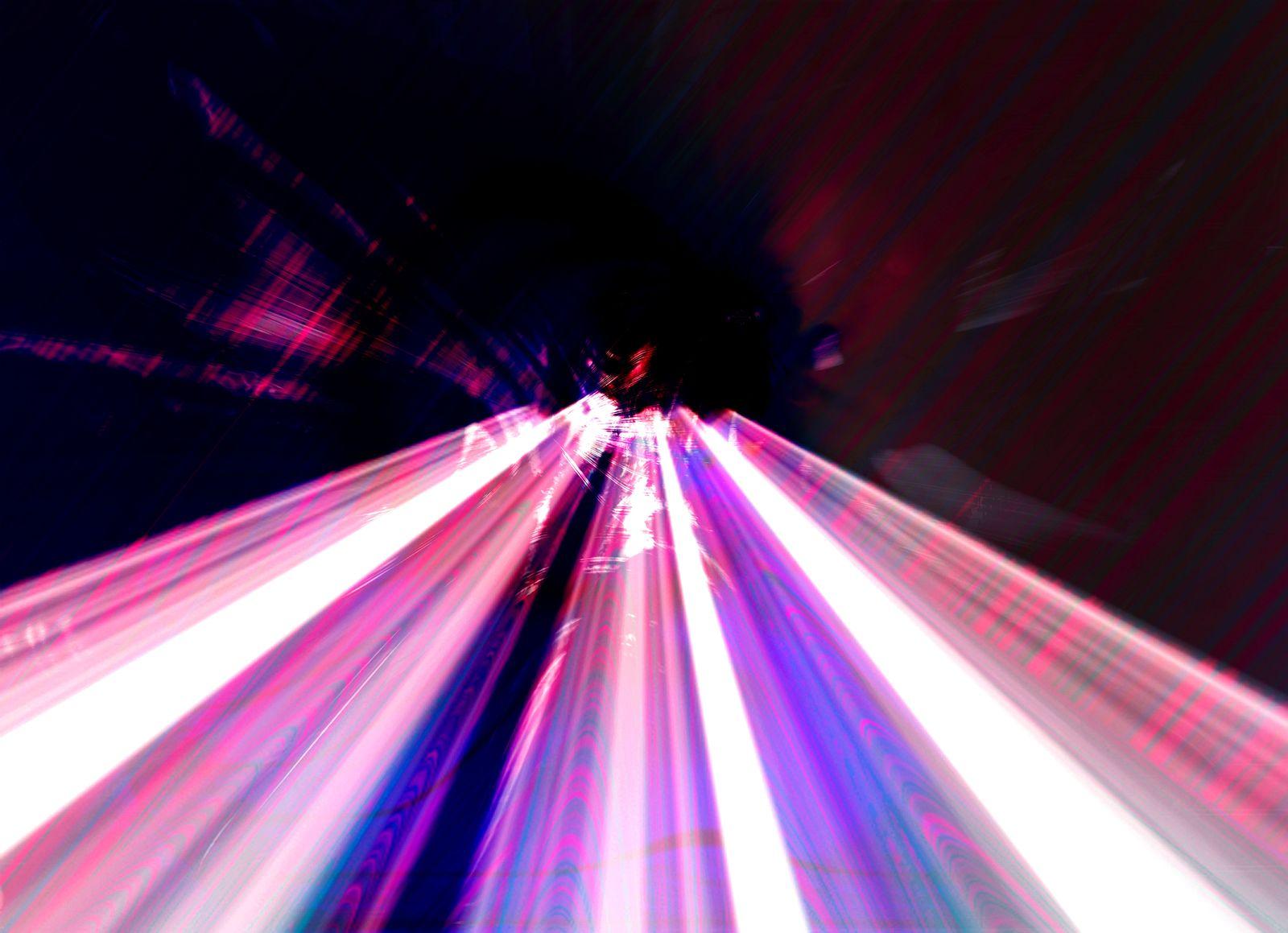 NICHT MEHR VERWENDEN! - Symbolbild / Lichtgeschwindigkeit