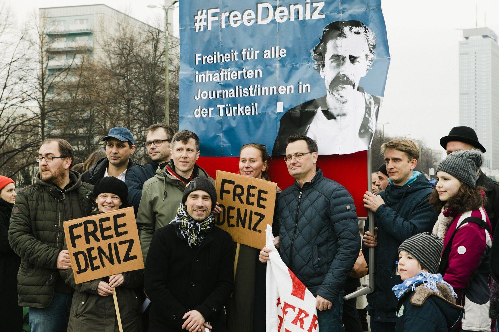 Solidaritätsaktion / Berlin / Journalist / Deniz Yücel