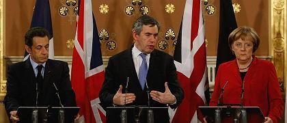 Politiker Sarkozy, Brown, Merkel beim Krisengipfel in London: Trübes Treiben an den Börsen