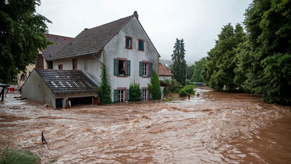 Überflutung in Erdorf, Rheinland-Pfalz, 15. Juli 2021