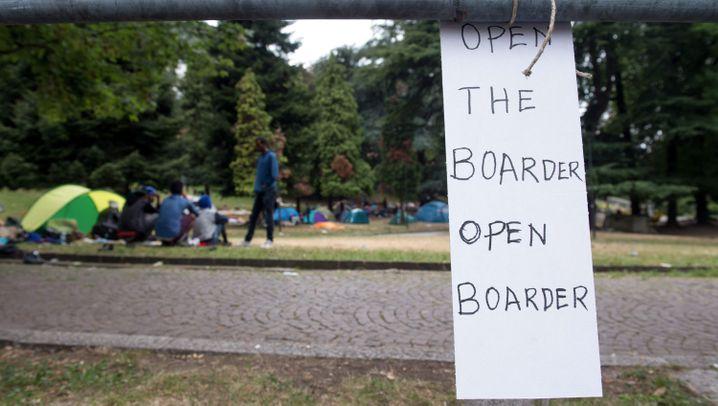 Flüchtlinge in Como: Nachtlager an Gleis eins