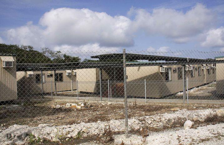 Flüchtlingslager auf der Weihnachtsinsel: Viel kritisierte Unterbringung
