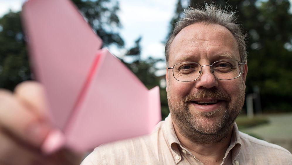 Maschine für Papierflieger: Schluss mit Falten