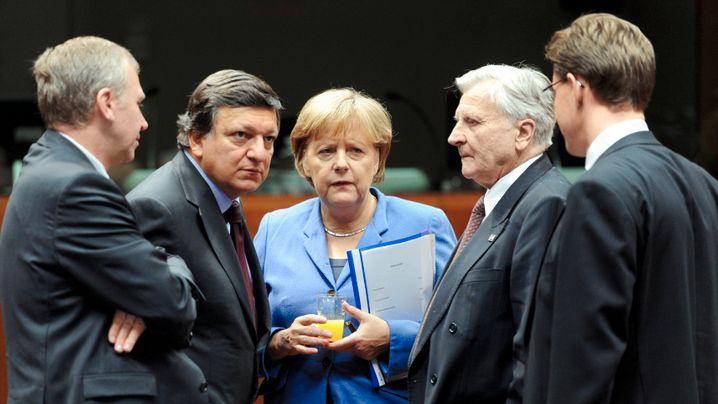 Photo Gallery: Euro Zone Leaders Tackle Crisis At Marathon Summit