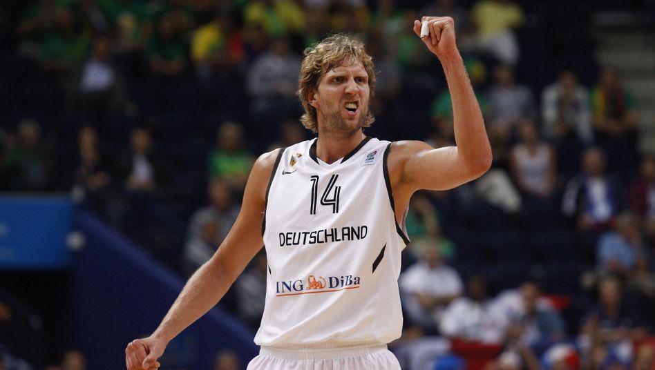 Dirk Nowitzki: Will auch nach dem Spiel gegen Litauen jubeln