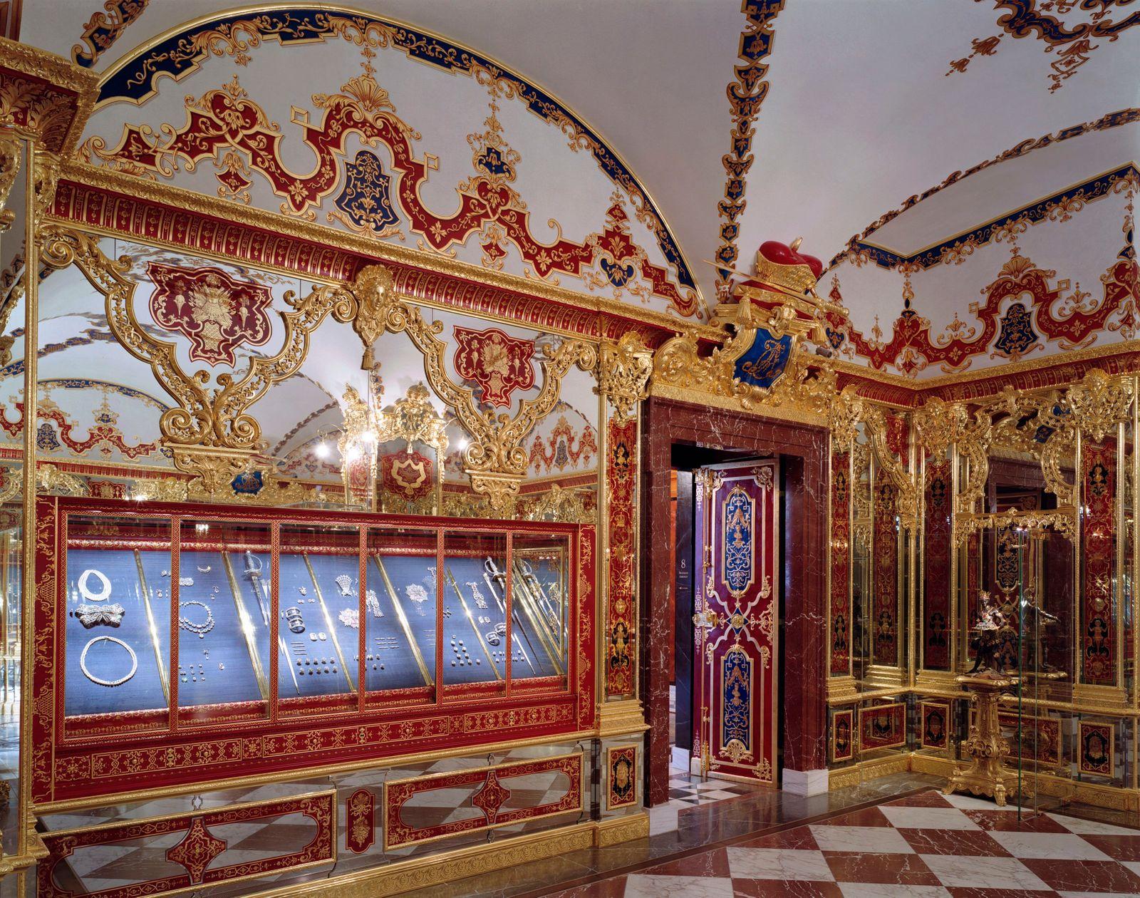 Historisches_Gruenes_Gewoelbe_Juwelenzimmer