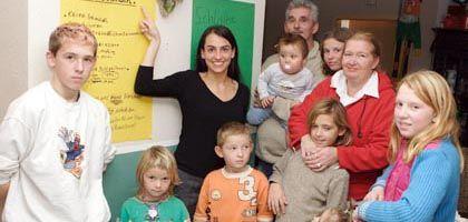 """""""Super Nanny"""" Saalfrank mit Schützlingen: """"Wer schützt die Kinder, wenn niemand hinguckt?"""""""