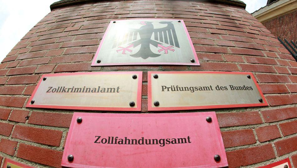 Zollkriminalamt in Köln: Bezog diverse Produkte und Dienstleistungen vom Trojaner-Bauer