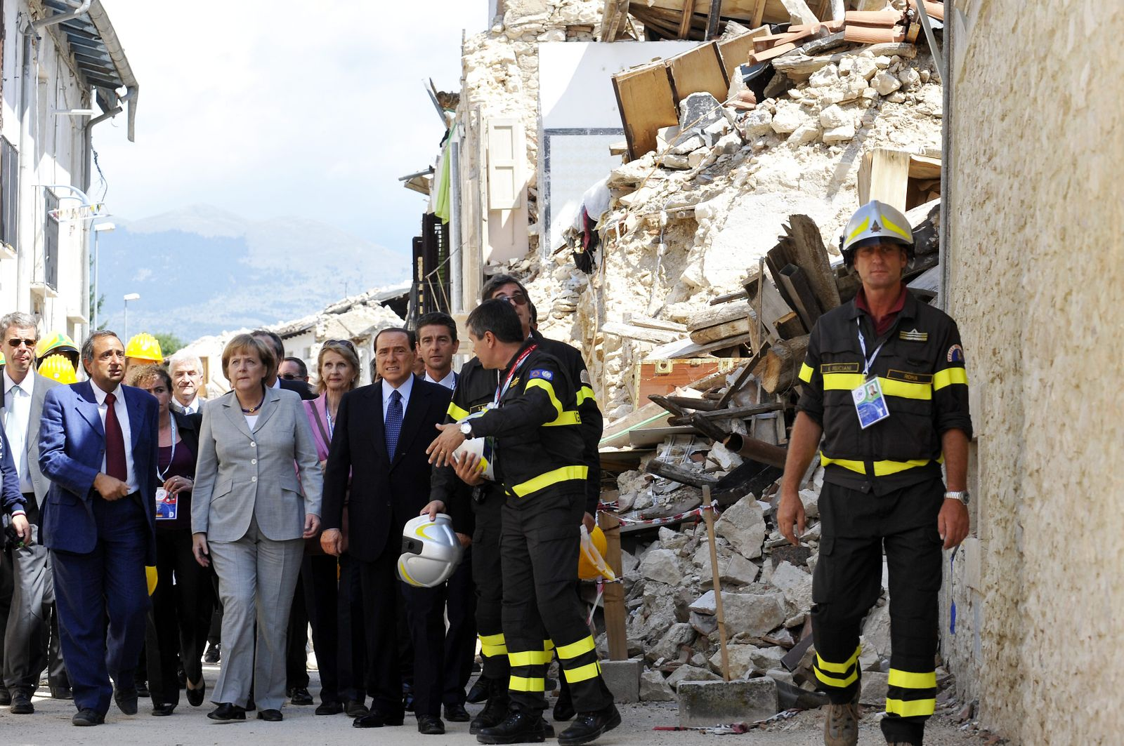 G8 L'Aquila Summit Begins