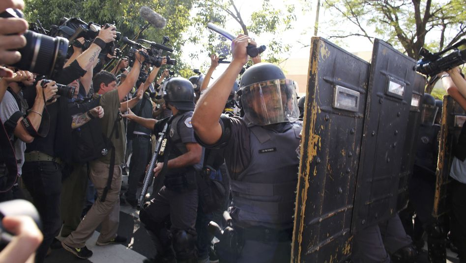 """Polizeieinsatz in São Paulo: """"Wenn wir keine Rechte haben, wird es keine Meisterschaft geben"""""""