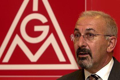 IG-Metall-Chef Peters: Laut Presseberichten der Spitzenverdiener unter den DGB-Chefs