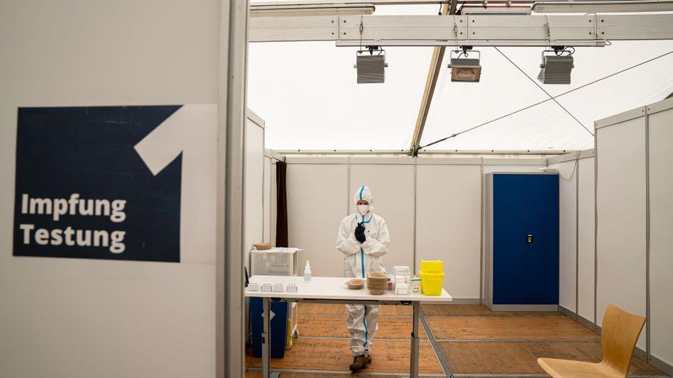 Test- und Impfzentrum auf dem Campus der Hochschule Mittweida