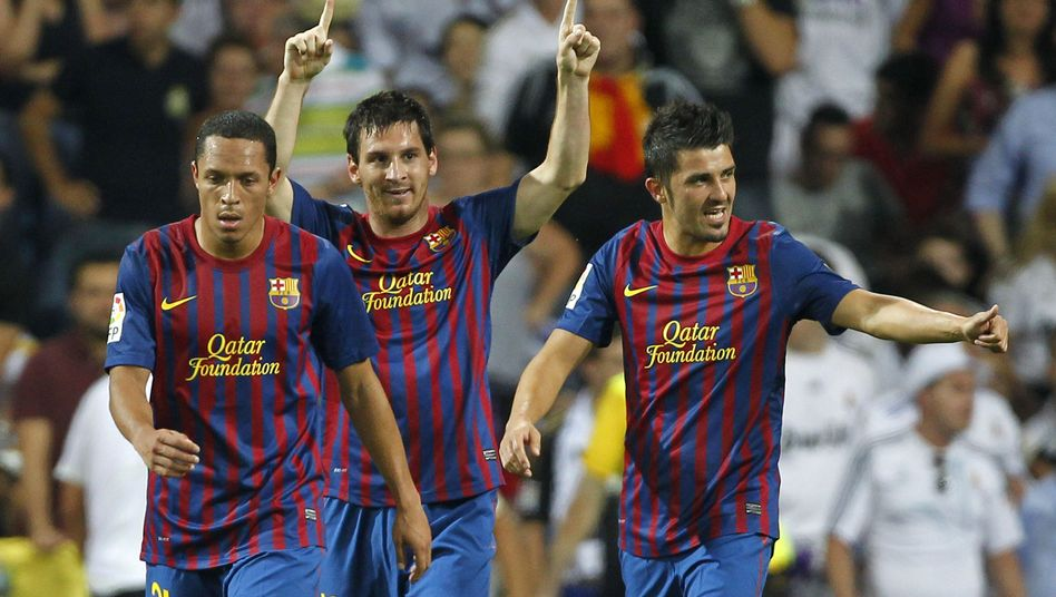 Barça-Torschützen Messi (Mitte), Villa (r.): Kein Sieger im Supercup-Hinspiel