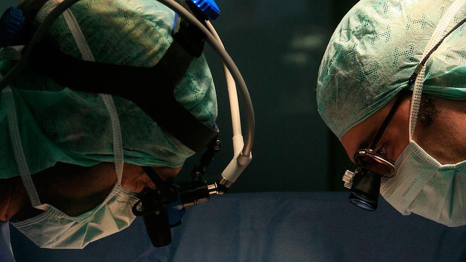 Skandal um Herztransplantationen: In Heidelberg sollen Patientendaten manipuliert worden sein
