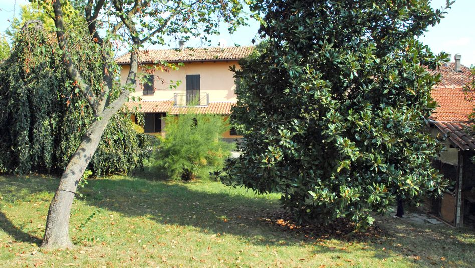 Robert Lady's villa in Italy's Piedmont region is a key site in the investigation into a CIA rendition alleged to have taken place in the country.