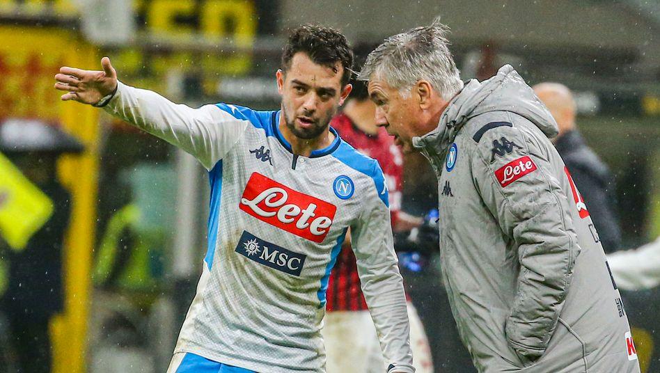 """Amin Younes mit Carlo Ancelotti, der ihn 2018 bei der SSC Neapel trainierte: """"Ein Gentleman"""""""