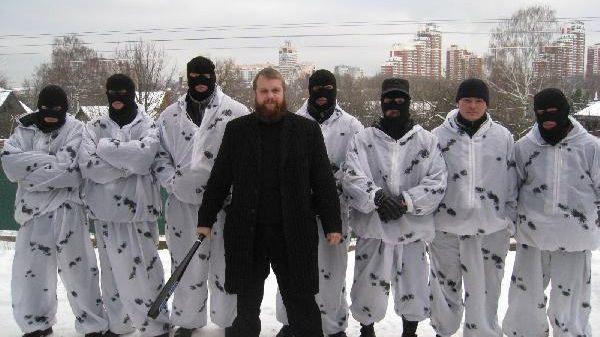 Ethnische Spannungen: Russische Polizei nimmttausend Menschen fest