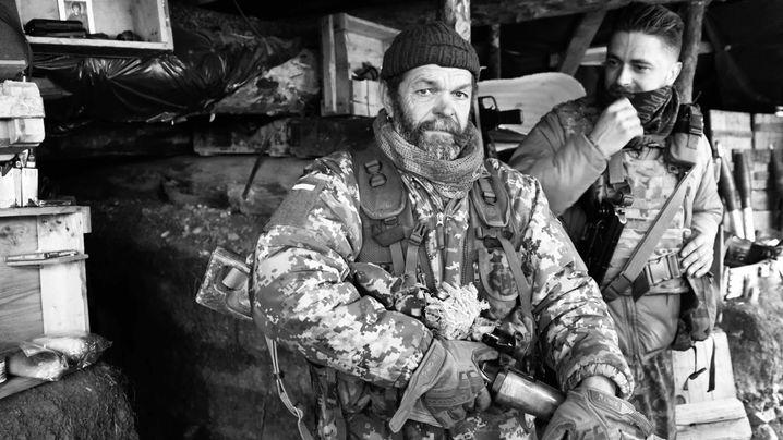 Truppenentflechtung in der Ostukraine: Frontkämpfer im Donbass