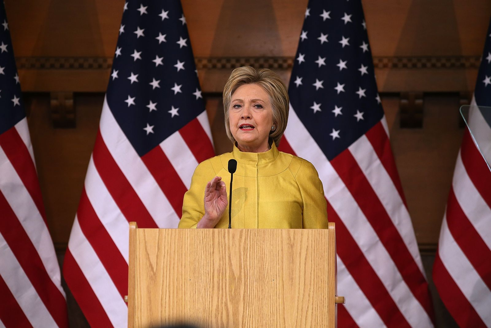 US-HILLARY-CLINTON-DELIVERS-COUNTERTERRORISM-SPEECH-AT-STANFORD-