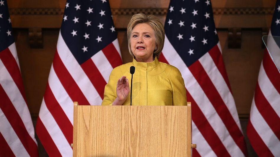Clinton an der Stanford University