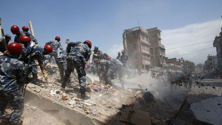 Nepal: Schon wieder bebt die Erde