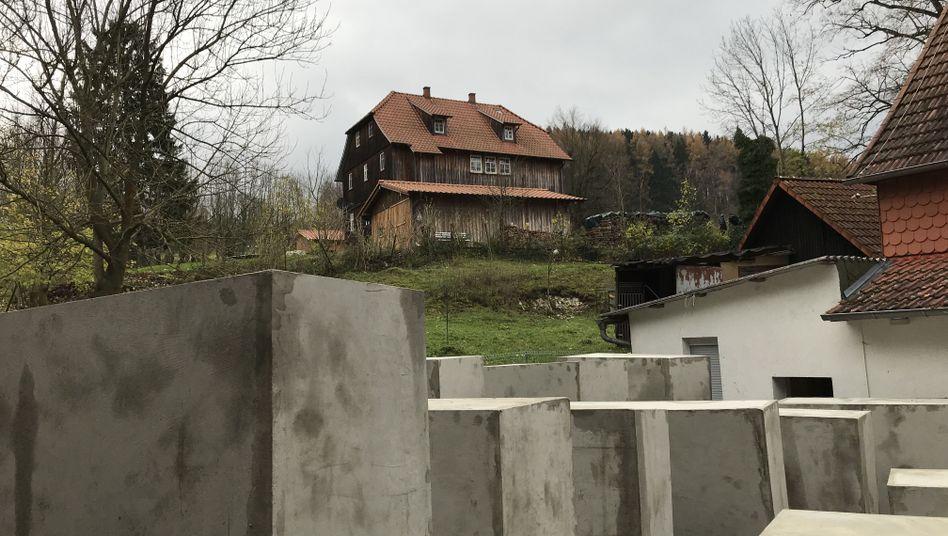 Holocaust-Mahnmal neben Björn Höckes Wohnhaus
