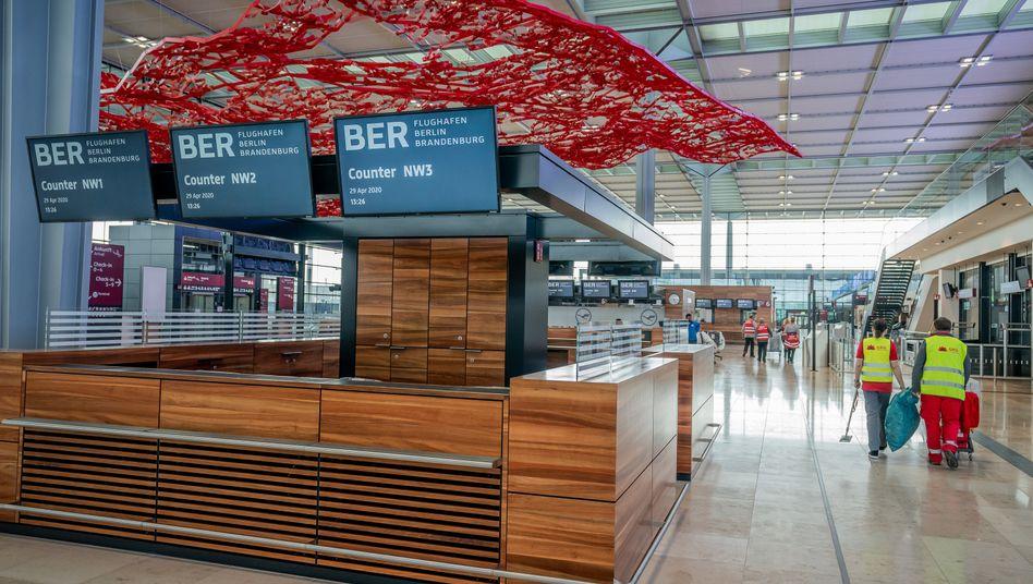 Flughafen BER (Archivbild): Die Baustelle bringt der Betreibergesellschaft erneut Verluste