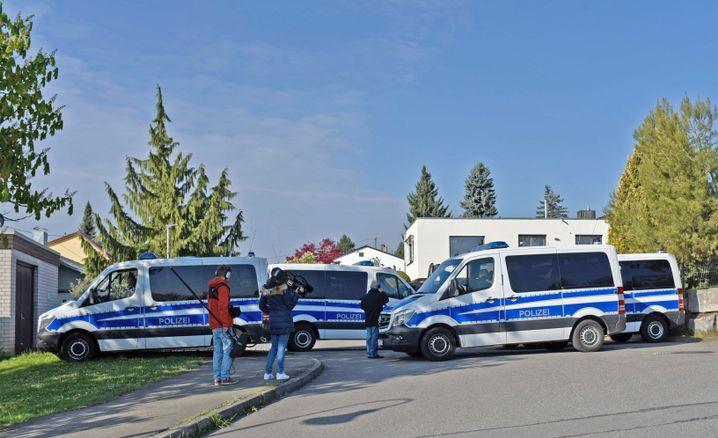 Die Polizei nimmt Sergej W. am Freitagmorgen fest