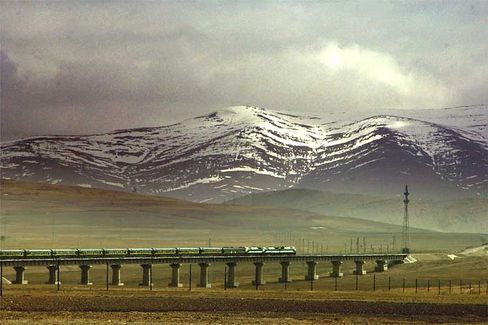 The Qinghai-Tibet Railway traveling through northwest China's Qinghai Province.