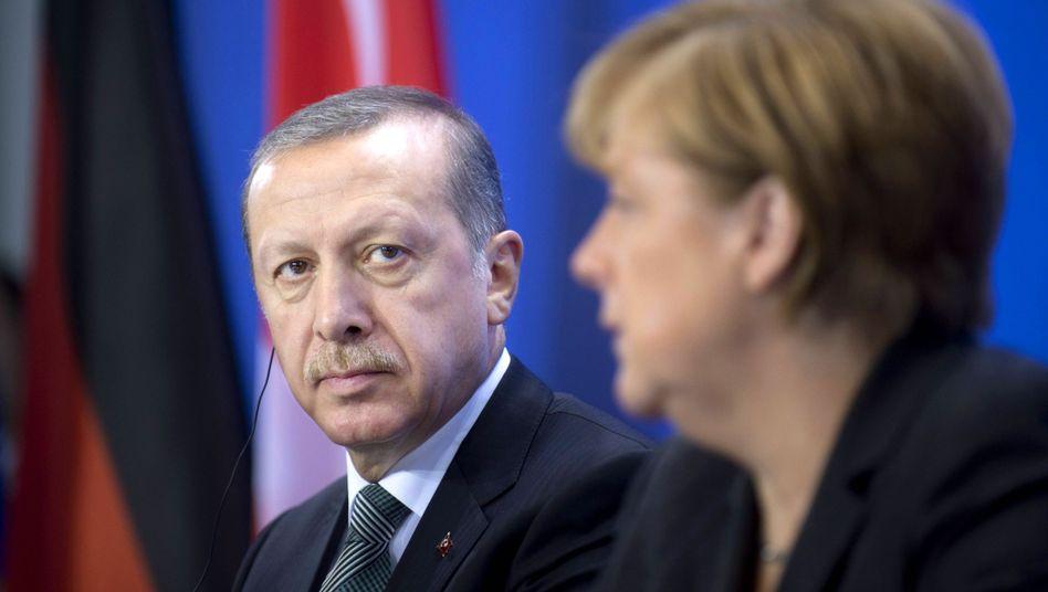 Erdogan und Merkel in Berlin: Aufklärung verlangt