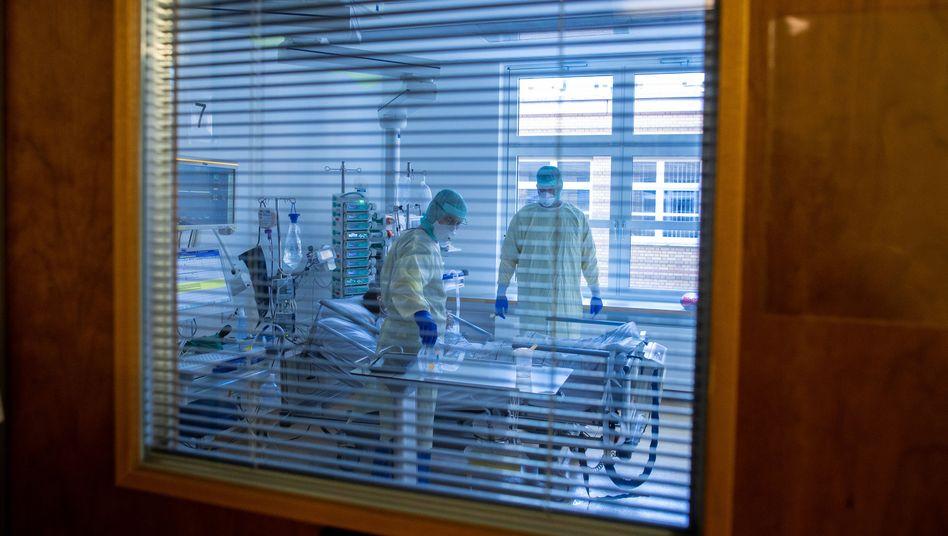 Covid-19 Patient: Wann und wo ist das Coronavirus auf den Menschen übergesprungen?
