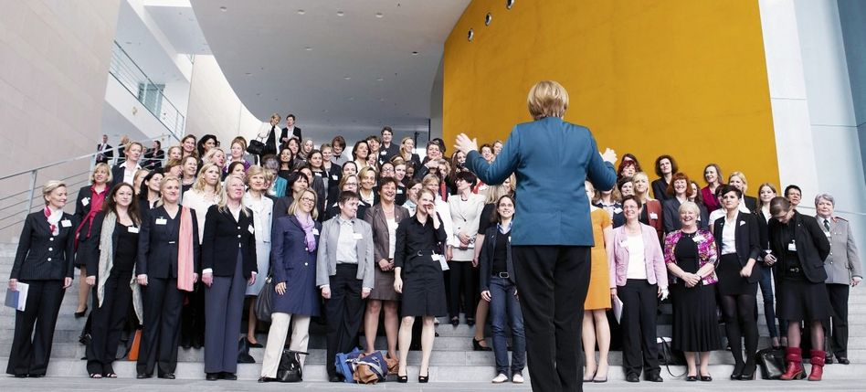 CDU-Politikerin Merkel, Führungsfrauen »Ich bin keine Feministin«
