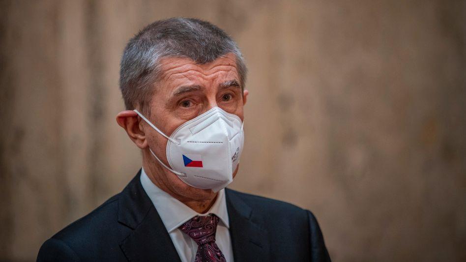 Premierminister Andrej Babiš: Deckname »Bureš«