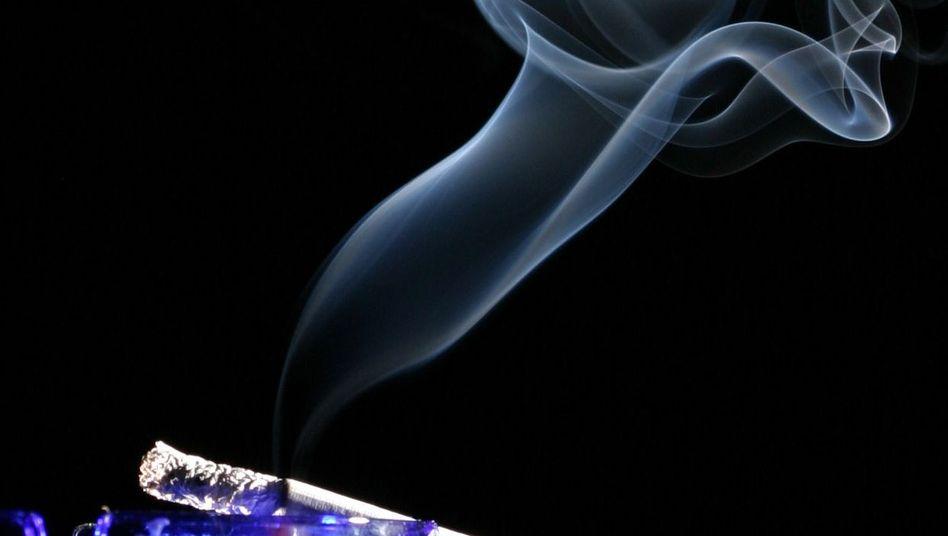 Zigarettenrauch: Computer mit Teer- und Nikotinablagerungen verlieren ihre Garantie