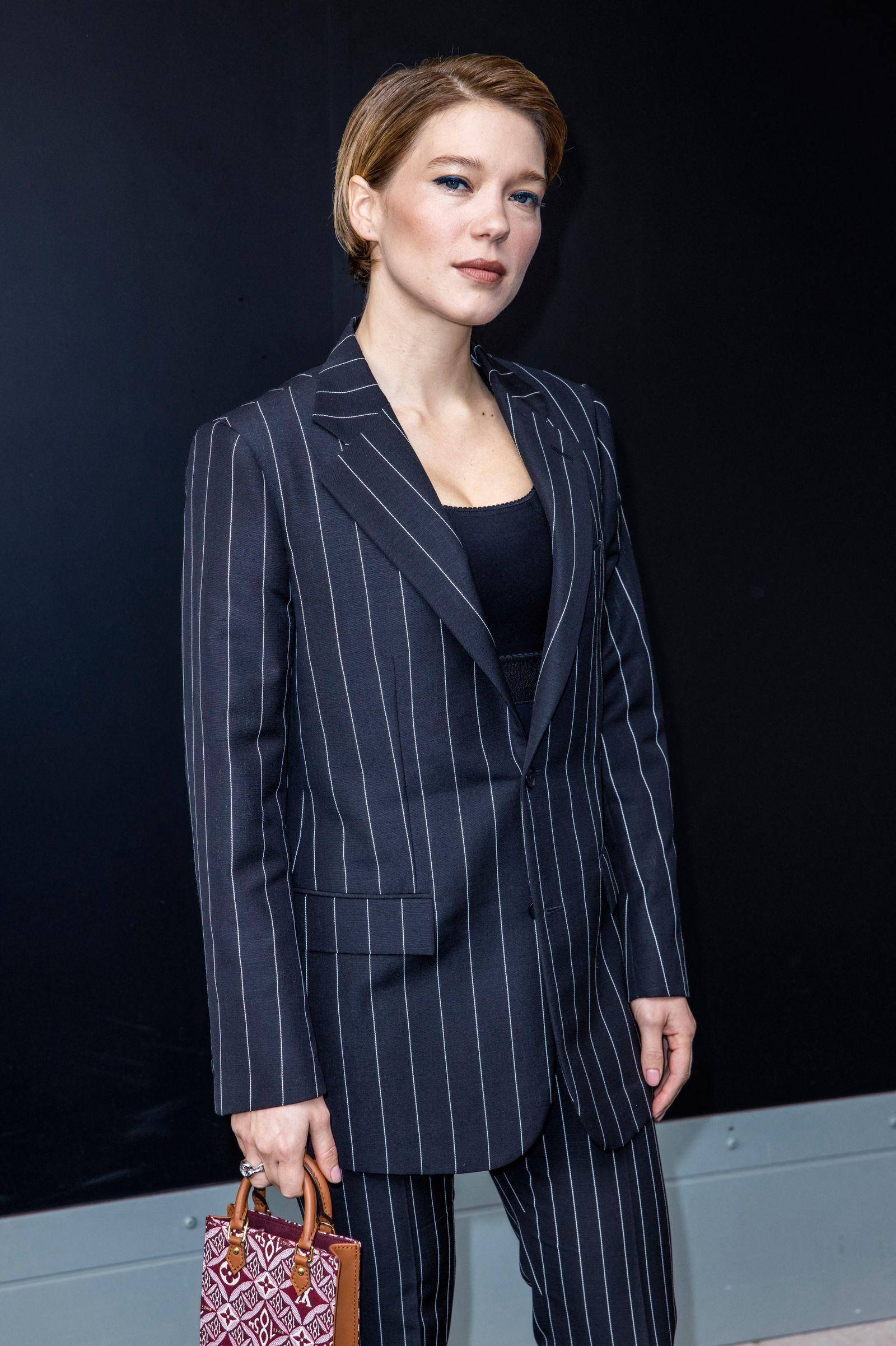 Photocall du dÄfilÄ de mode prÉt-ê-porter printemps-ÄtÄ 2021