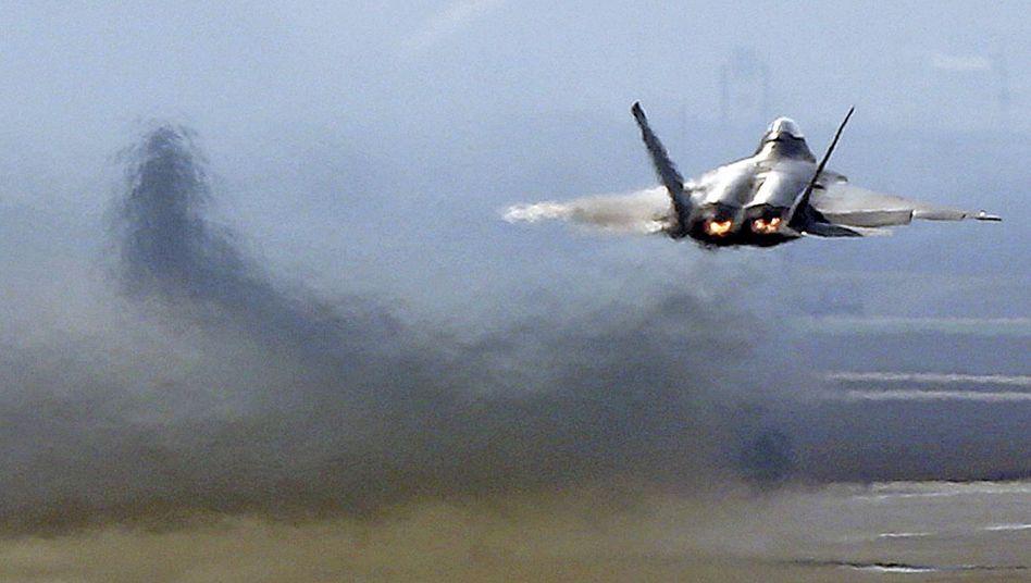 """Kampfjet F-22 """"Raptor"""": Eine Flugstunde kostet 68.000 Dollar"""