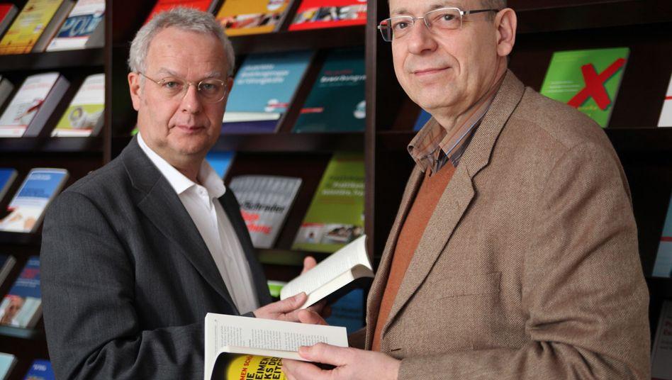 Jürgen Hesse (links), Hans Christian Schrader: Das dolle Duo mit 200 Büchern